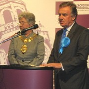 Richard Ottaway re-elected as MP for Croydon South, May 2010