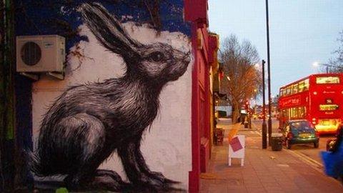 Hackney graffiti fans petition for ROA Rabbit's reprieve | Eastlondonlines