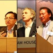 photo: Xixi Zheng - from left to right: Mr Chen Yan, Mr Raymond Li, Professor Hugo de Burgh, Professor Yu Ligong and Professor Zhang Xiaoling