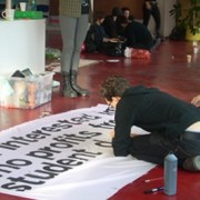 Occupiers decorate banners at Goldsmiths pic: Tabby Kinder