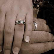Marriage pic: Ally Rose18 (Flickr)