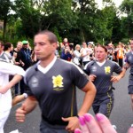 Stoke Newington Cheers On The Torch Bearer. Pic Flickr davehighbury