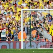 Kevin Phillips scores penalty to put Palace into the Premiership in play-off final against Watford. Pic: npower Championship Twitter