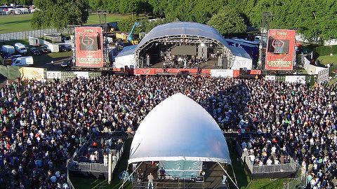 Mainstage Lovebox 2007. Photo: Emily Heath (Flickr).