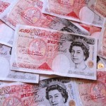 £6,700 found in raid. Pic: Images_of_Money