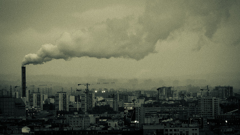 Air pollution over the city. Pic: dbakr