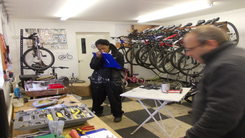 YLP bike workshop Pic: Dave Newman.
