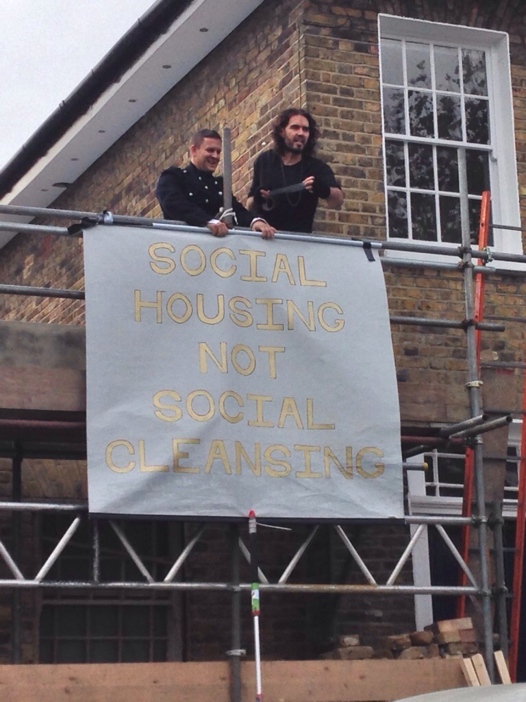 """""""Social Housing Not Social Cleansing"""", Russell Brand at New Era protest. Pic: @ben_maloney"""