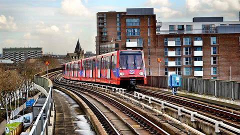 Docklands Light Railway: Robert Pitman