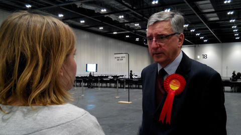 Poplar and Limehouse Labour MP Jim Fitzpatrick speaking to Eastlondonlines reporter Katharina Schöffmann. Pic: Arnau Busquets-Guardia