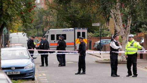 Police on the scene in Clarissa Street, Haggerston. Credit: Met Police.