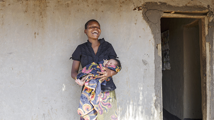 Liviness Banda, one of the mothers Lewis met during her shoot in Malawi. Pic: Jenny Lewis