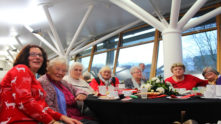 Christmas tea dance for the elderly in Tower Hamlets Pic: Qi Cheng