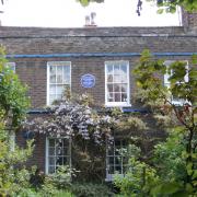 Lucien Pissarro's blue plaque Pic: Wikipedia