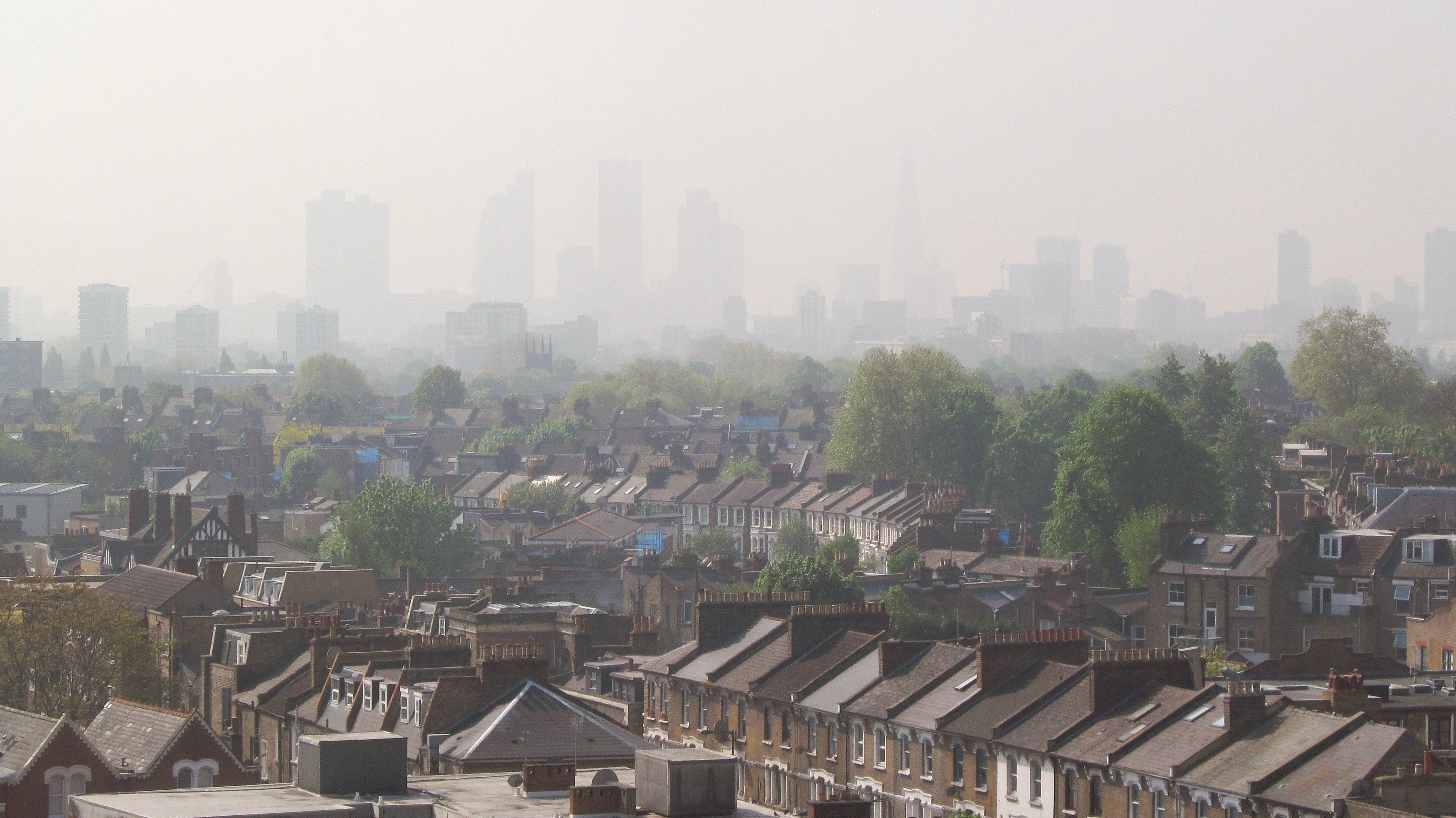 London at air pollution level 5 in 2014, viewed from Hackney. Pic: David Holt