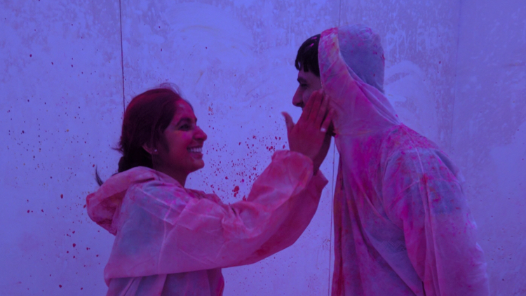 An Indian couple celebrate their first Holi in London. Pic; Yuvan Kumar.