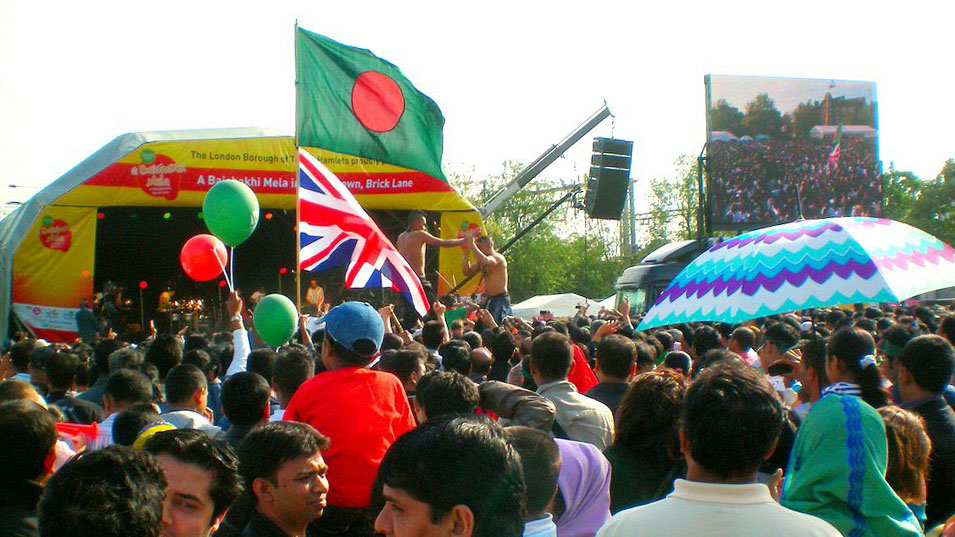 Crowds enjoy live music and dance performances at the Boishakhi Mela in Bethnal Green. Pic: R Miah